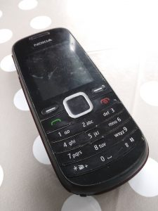 Old Nokia phone. ELI5: 5 ways to charm or disarm